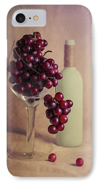 Wine On The Vine IPhone 7 Case by Tom Mc Nemar