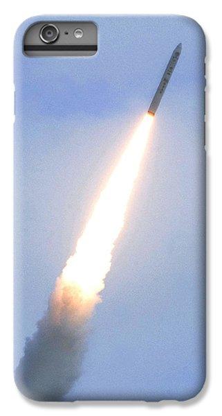 Minotaur Iv Lite Launch IPhone 7 Plus Case by Science Source