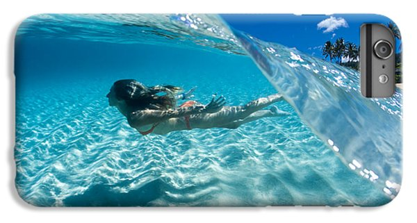 Aqua Dive IPhone 7 Plus Case by Sean Davey