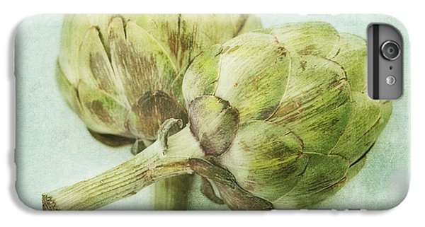 Artichokes IPhone 7 Plus Case by Priska Wettstein