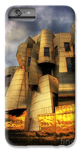 Minneapolis Skyline Photography Weisman Museum IPhone 7 Plus Case by Wayne Moran