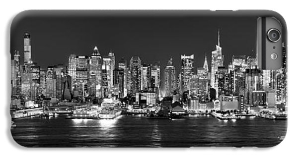 New York City Nyc Skyline Midtown Manhattan At Night Black And White IPhone 7 Plus Case by Jon Holiday