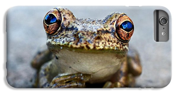 Pondering Frog IPhone 7 Plus Case by Laura Fasulo