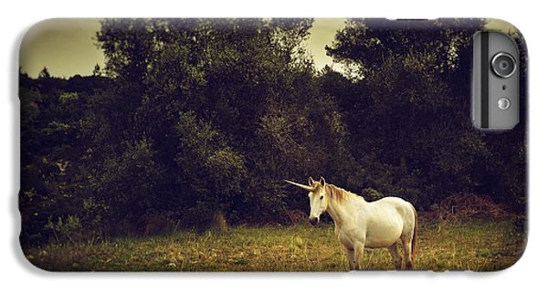 Unicorn IPhone 7 Plus Case by Carlos Caetano
