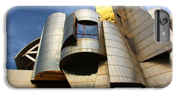 Weisman Art Museum University Of Minnesota IPhone 7 Plus Case by Wayne Moran