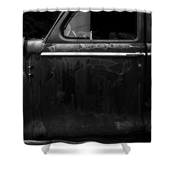 Old Junker Car Shower Curtain by Edward Fielding
