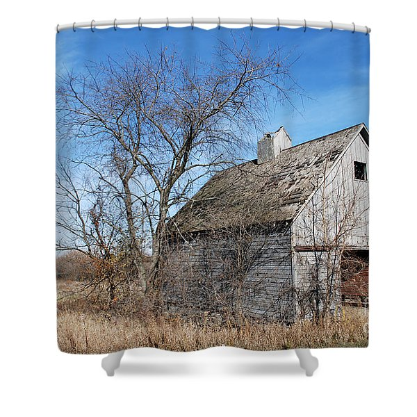 An Old Rundown Abandoned Wooden Barn Under A Blue Sky In Midwestern Illinois Usa Shower Curtain by Paul Velgos