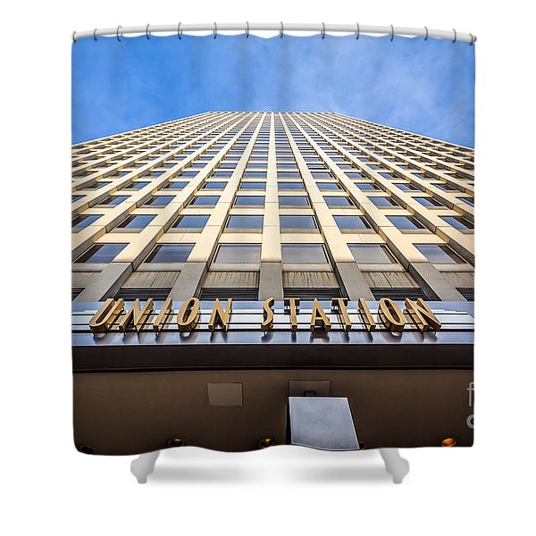 Chicago Union Station Sign And Building Exterior Shower Curtain by Paul Velgos