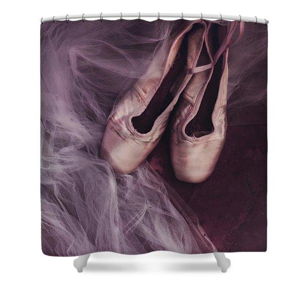 danse classique Shower Curtain by Priska Wettstein