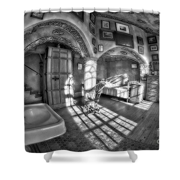 Master Bedroom At Fonthill CastleBW Shower Curtain by Susan Candelario