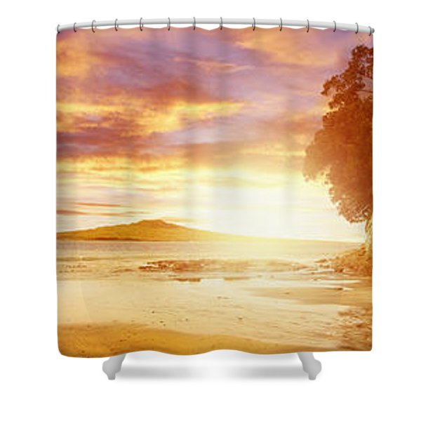 NZ sunlight Shower Curtain by Les Cunliffe