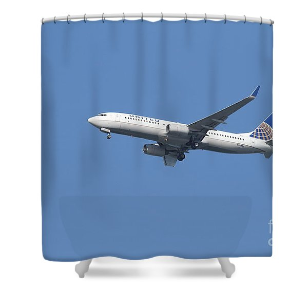 United Airlines Jet 7D21942 Shower Curtain by Wingsdomain Art and Photography