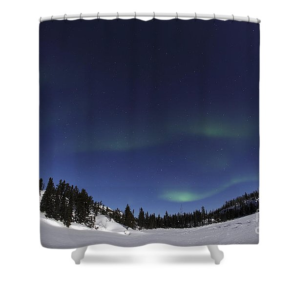 Aurora Over Vee Lake, Yellowknife Shower Curtain by Yuichi Takasaka
