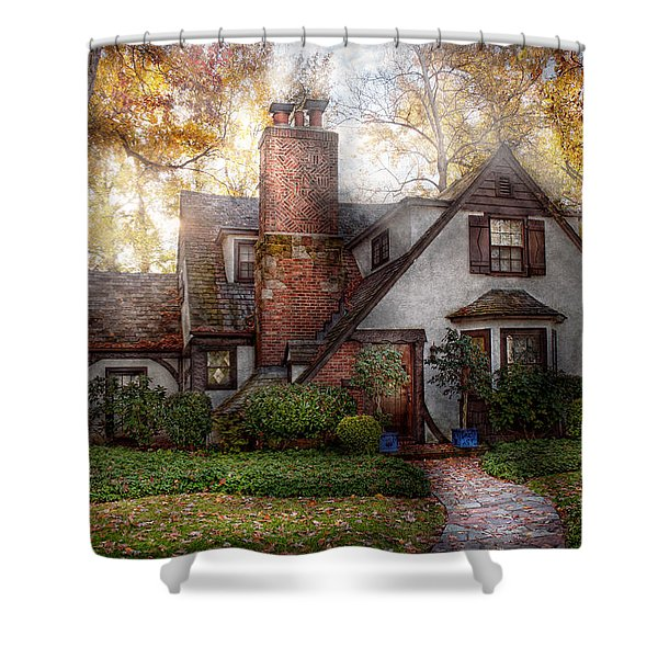 Cottage - Westfield Nj - Grandma Ridinghoods House Shower Curtain by Mike Savad