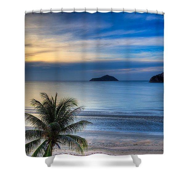 Ao Manao Bay Shower Curtain by Adrian Evans