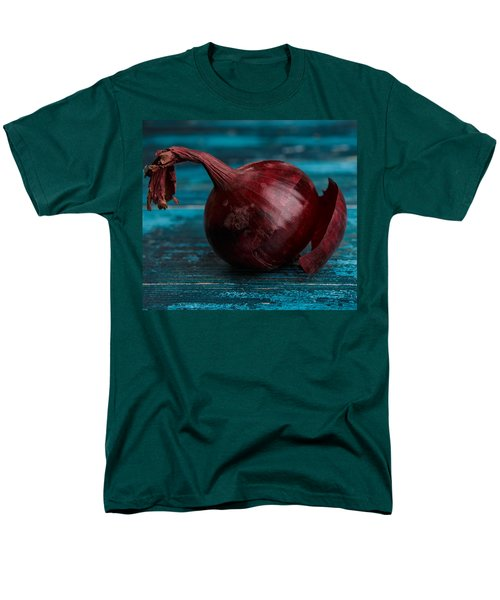 Red Onions Men's T-Shirt  (Regular Fit) by Nailia Schwarz