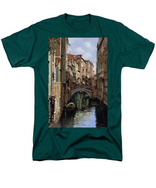 i ponti a venezia T-Shirt by Guido Borelli