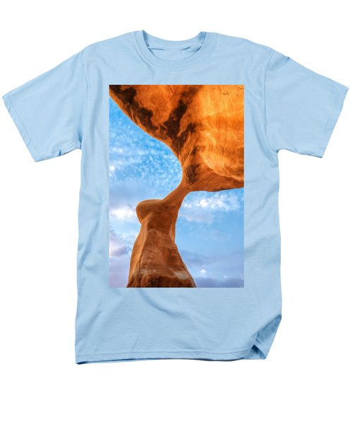 Metate T-Shirt by Dustin  LeFevre