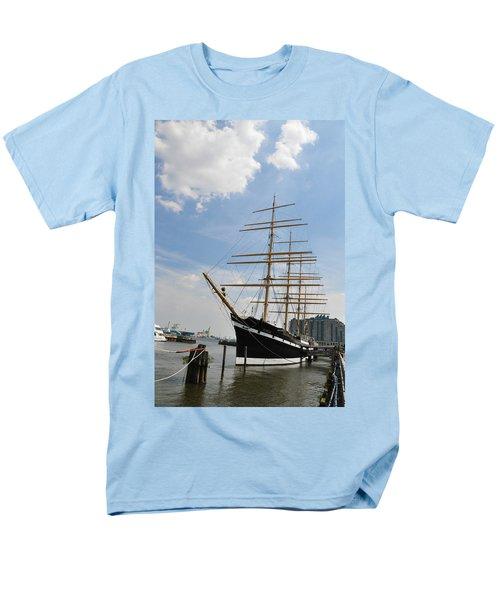 Tall Ship Mushulu at Penns Landing T-Shirt by Bill Cannon