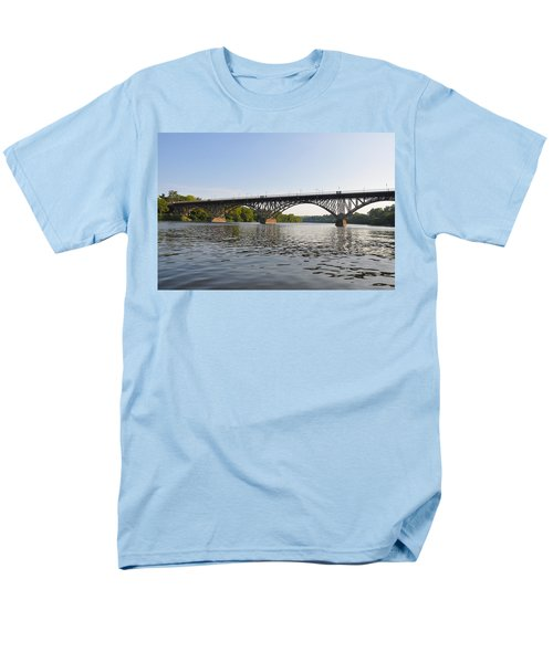 The Schuylkill River and Strawbery Mansion Bridge T-Shirt by Bill Cannon