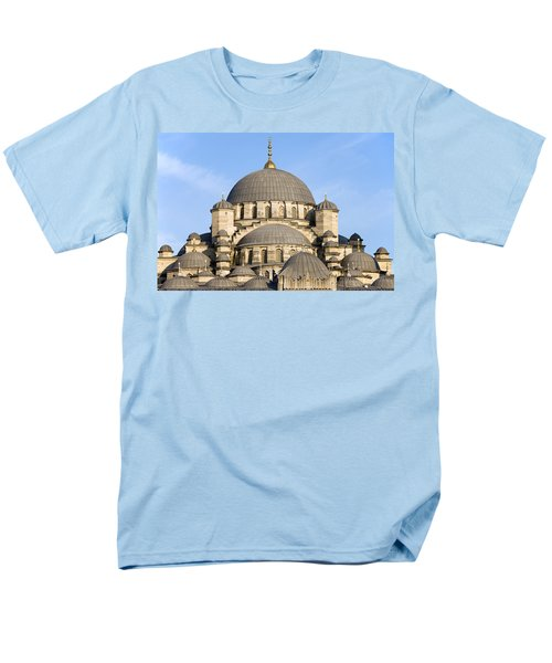 New Mosque in Istanbul T-Shirt by Artur Bogacki