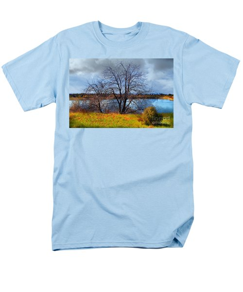 Quarry Lakes in Fremont California . 7D12636 T-Shirt by Wingsdomain Art and Photography
