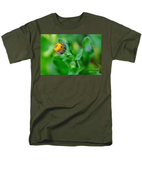 Daisy Bud ready to bloom T-Shirt by Kaye Menner