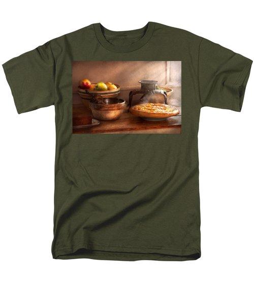 Food - Pie - Mama's peach pie T-Shirt by Mike Savad