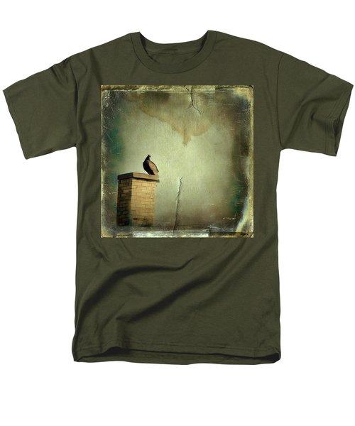 Turkey Vulture Men's T-Shirt  (Regular Fit) by Gothicolors Donna