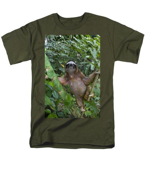 Brown-throated Three-toed Sloth T-Shirt by Suzi Eszterhas