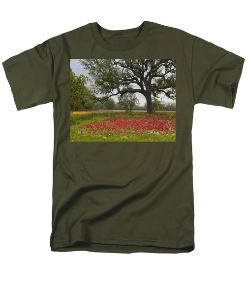 Drummonds Phlox Meadow Near Leming Texas T-Shirt by Tim Fitzharris