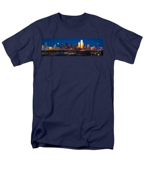 Dallas Skyline Panorama Men's T-Shirt  (Regular Fit) by Inge Johnsson