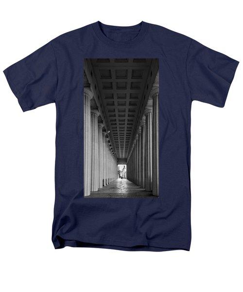 Soldier Field Colonnade Chicago B W B W Men's T-Shirt  (Regular Fit) by Steve Gadomski