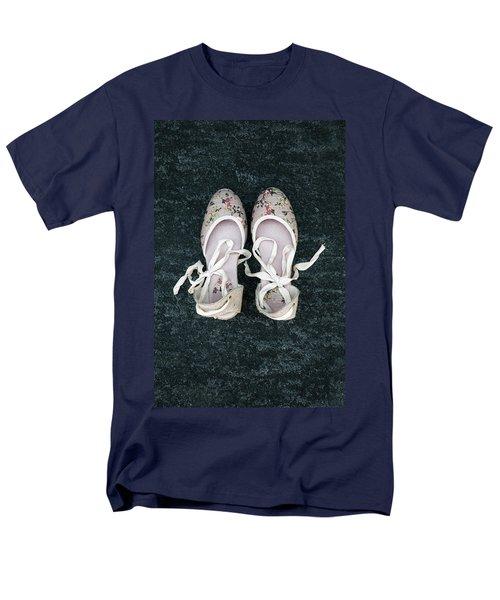 shoes T-Shirt by Joana Kruse
