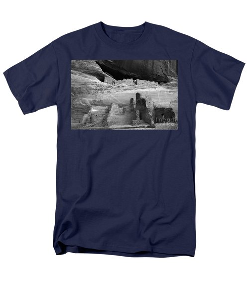 White House Ruin Canyon De Chelly Monochrome T-Shirt by Bob Christopher