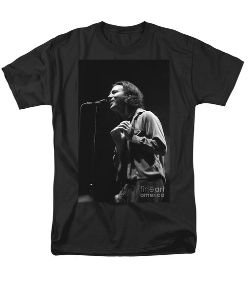 Pearl Jam Men's T-Shirt  (Regular Fit) by Concert Photos