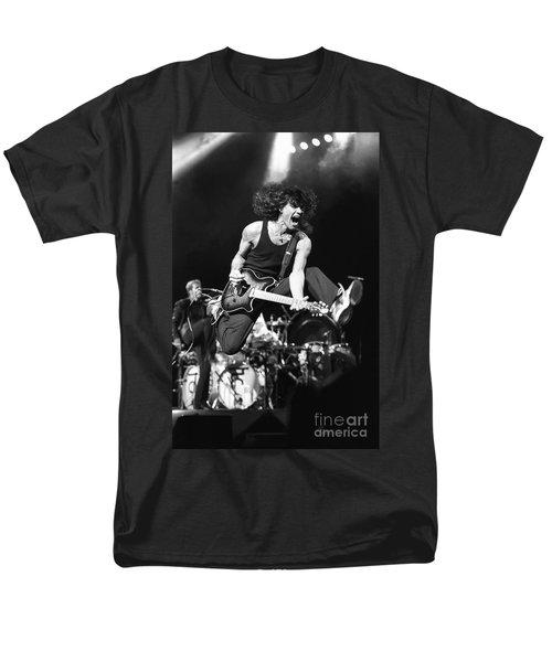 Van Halen - Eddie Van Halen Men's T-Shirt  (Regular Fit) by Concert Photos