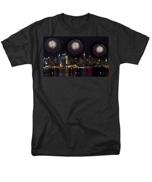 New York City Celebrates the 4th T-Shirt by Susan Candelario