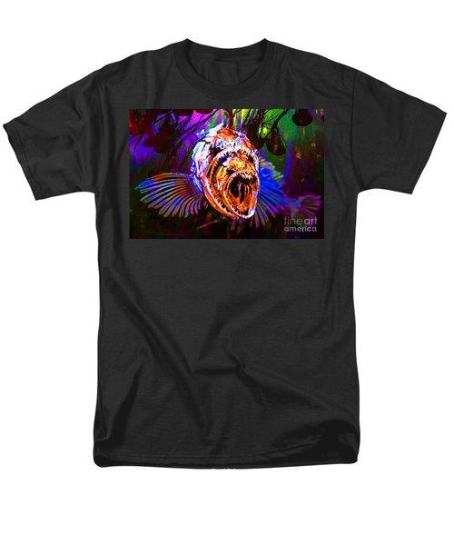 Creatures Of The Deep - Fear No Fish 5D24799 v2 T-Shirt by Wingsdomain Art and Photography
