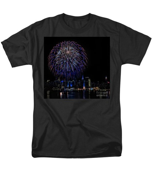 Fireworks In New York City T-Shirt by Susan Candelario