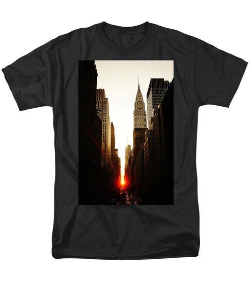 Manhattanhenge Sunset And The Chrysler Building  Men's T-Shirt  (Regular Fit) by Vivienne Gucwa