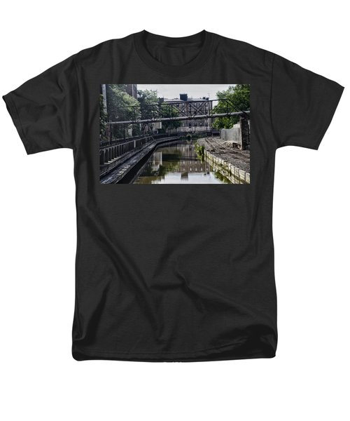 Schuylkill Canal in Manayunk T-Shirt by Bill Cannon