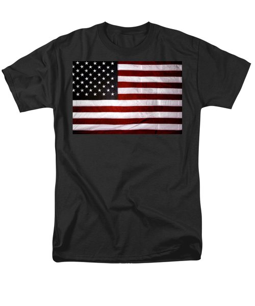 USA T-Shirt by Les Cunliffe