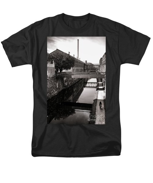 Walking along the C and O T-Shirt by Olivier Le Queinec