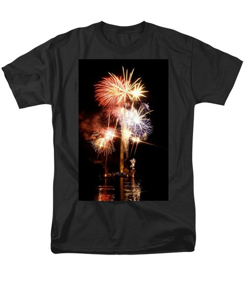 Washington Monument Fireworks 2 T-Shirt by Stuart Litoff