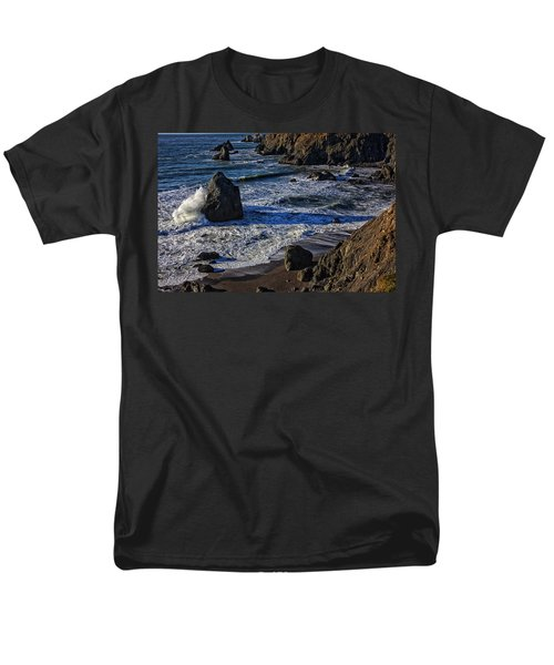 Wave breaking on rock T-Shirt by Garry Gay