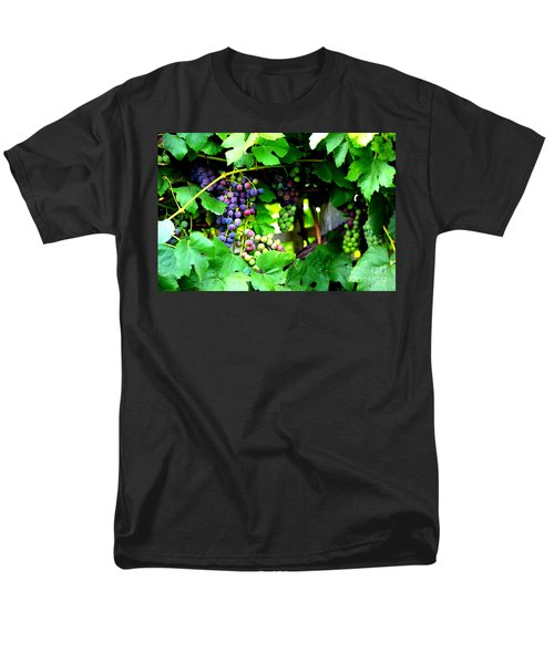 Grapes on the Vine T-Shirt by Carol Groenen