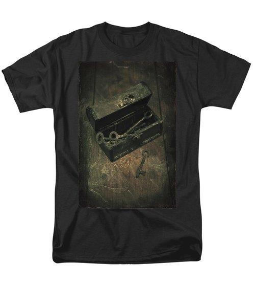 keys T-Shirt by Joana Kruse