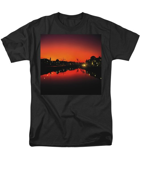 River Liffey, Dublin, Co Dublin, Ireland T-Shirt by The Irish Image Collection