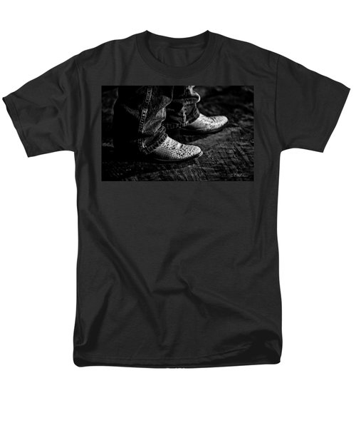 20120928_DSC00448_BW T-Shirt by Christopher Holmes